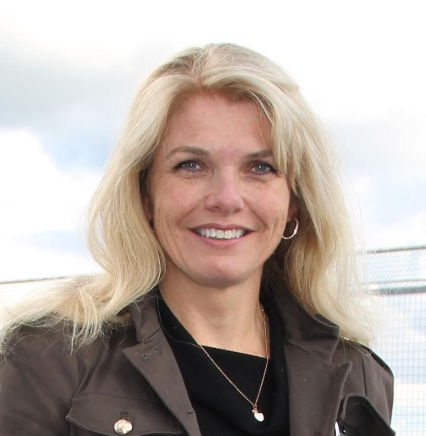 Elaine Catton